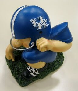 Kentucky-University-Wildcats-Football-Player-College-Savings-Bank-by-Talegaters