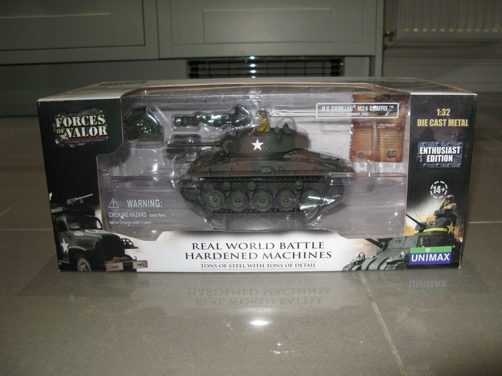Forces OF VALOR 1 32 80075 US CADILLAC M24 CHAFFE Germania 1945