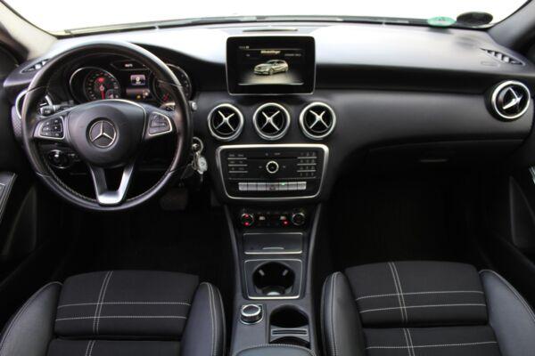 Mercedes A200 d 2,2 Urban aut. billede 10