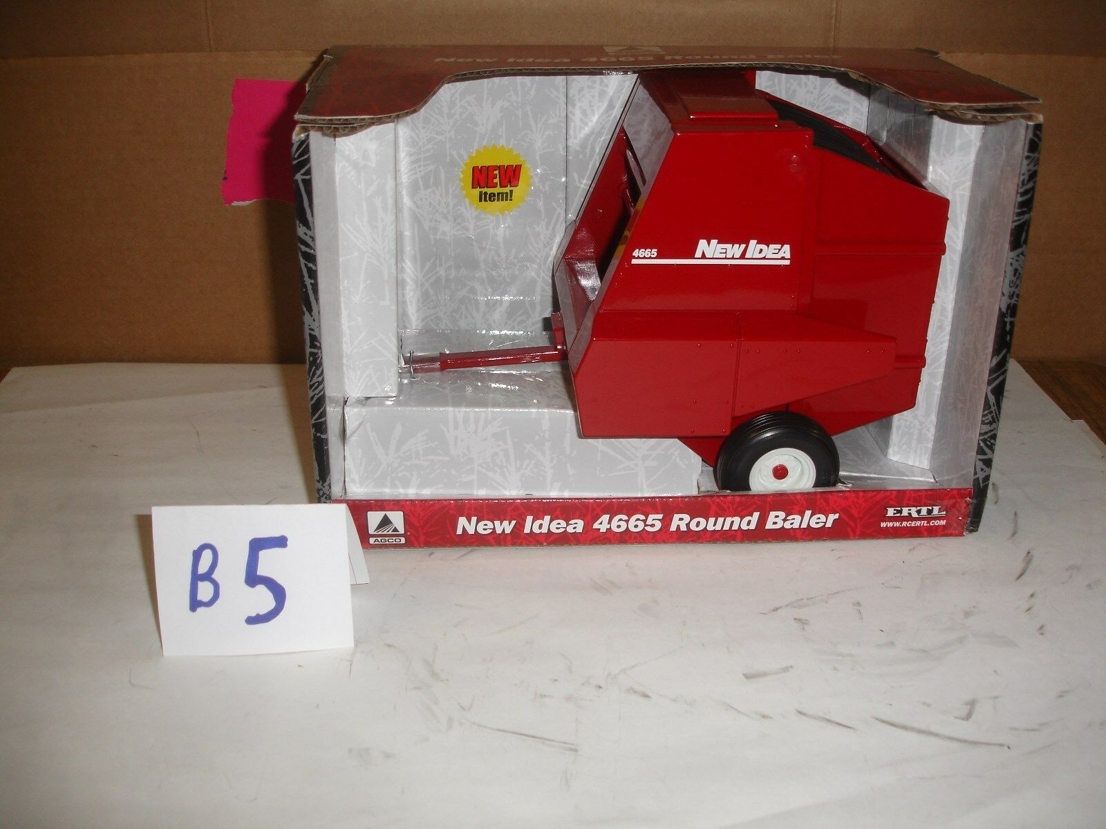 1 16 new idea 4665  round baler in box