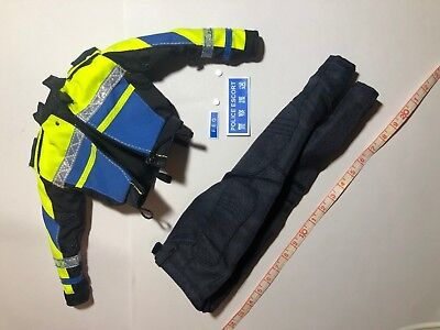 TE04-09 1//6th Scale ZCWO Force Escort Group 中Sir Reflective Vest