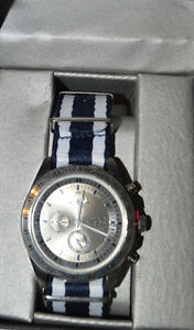 men 039 s american exchange quartz black or silver wrist watch image is loading men 039 s american exchange quartz black or