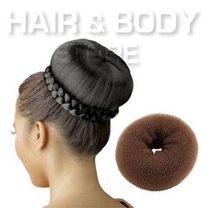 Acconciature capelli lunghi con spugna