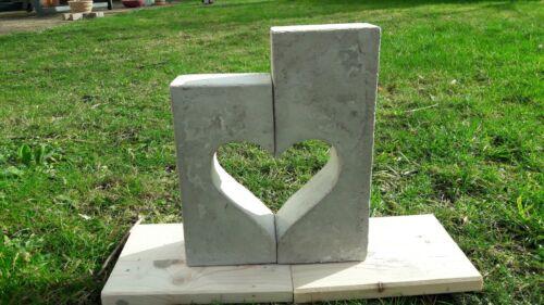 hand poured Klotz Heart of concrete 25 cm