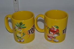 Lot-de-2-Mugs-Tasses-M-amp-Ms