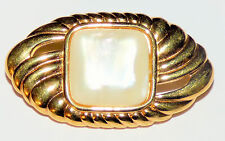 MONET VINTAGE BROOCH PIN OVAL GOLD TONE LARGE FAUX PEARL SHELL
