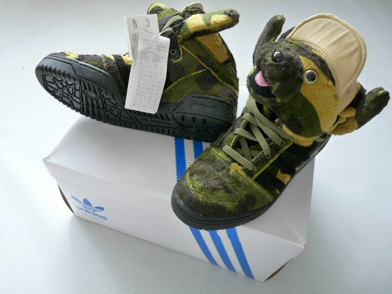 Hommes Camo ADIDAS 2018 OBYO JS Jeremy Scott Camo Hommes Bear Trainers Army Color 4dbede