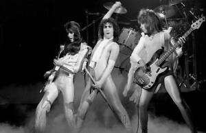 OLD-MUSIC-PHOTO-Punky-Meadows-Frank-Dimino-And-Mickie-Jones-Of-Angel-3