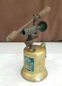 Vintage-Montgomery-Wards-Eclipse-Quality-Gas-Blow-Torch-w-Brass-Soldering-Iron
