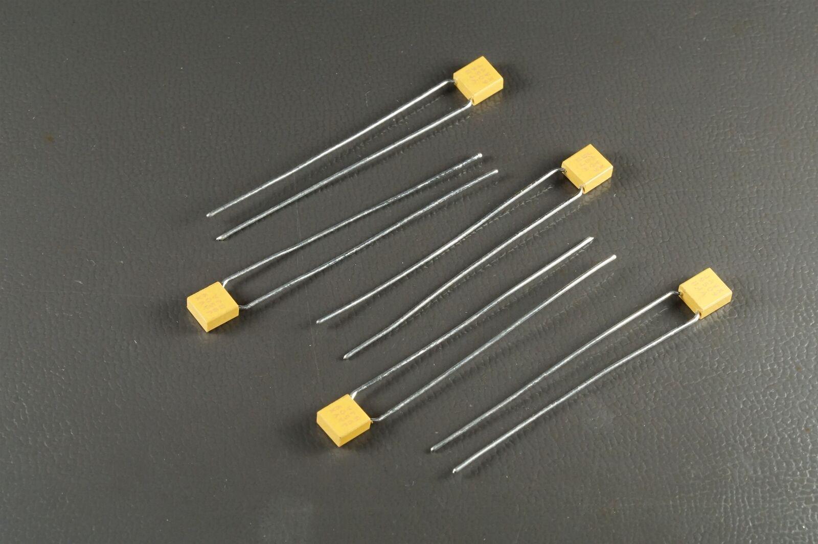 Lot of 4 CKR05BX121KSV AVX Capacitor 200V 120pF 10/% BX M39014//01-1341V NOS