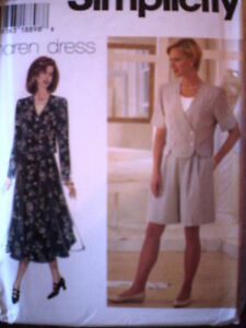 UNCUT-Simplicity-Pattern-Misses-Top-Shorts-Skirt-7126
