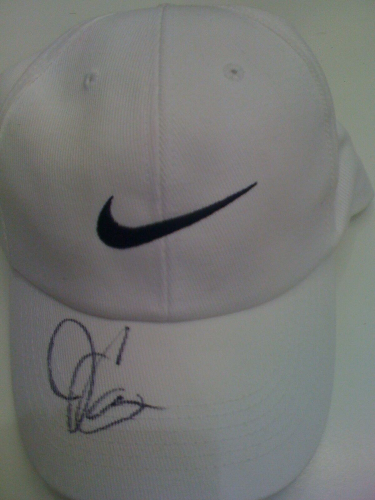 JIM COURIER HAND SIGNED NIKE CAP UNFRAMED + PHOTO PROOF & C.O.A