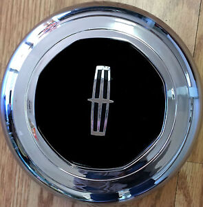 1993 1997 lincoln town car chrome wheel center cap after market ebay. Black Bedroom Furniture Sets. Home Design Ideas