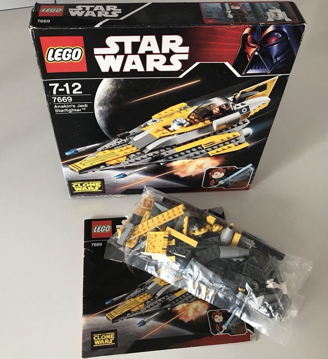 LEGI STAR WARS 7669 Anakins's Jedi Starfighter