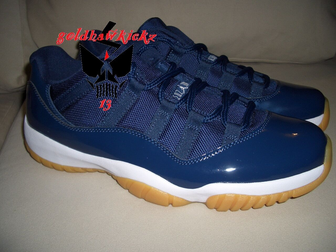 2018 Nike Air Jordan 11 XI Retro Low Midnight Navy Gum sole  Bleu