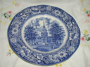 STAFFORDSHIRE-LIBERTY-BLUE-INDEPENDENCE-HALL-PLATE