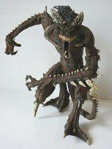 Todd Mcfarlanes Art Of Spawn Vandalizer Figure Massive Monster 2000