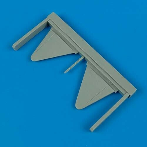 Quickboost 1:72 Spitfire Mk.VII Long Wing Conversion for Hasegawa #QB72-163