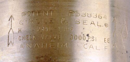 """New Circle Seal 1 1//4/"""" Check Valve 249B-10PP Lot of 3"""