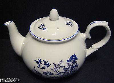 Willow Pattern 6 Cup English Fine Bone China Tea Pot By Milton China (print A)