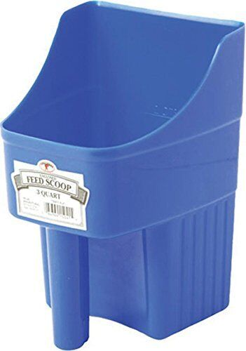Little Giant 3-Quart Enclosed Feed Scoop Blue