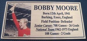 Soccer-Bobby-Moore-picture-Gold-Sublimated-Plaque-NEW-Free-Postage