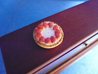 1 /12 scale Dolls House Minature  Food  Strawberry Cream Tart   DHD-K7-5