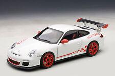 1/18 AUTOart PORSCHE 911 (997) GT3 RS 3.8 (WHITE/RED STRIPES) 2010