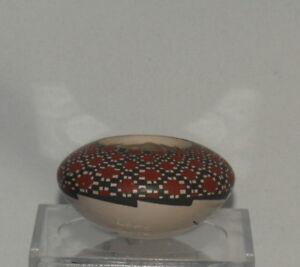 Mini-Checkered-Pot-by-Lore-Soto-Mata-Ortiz