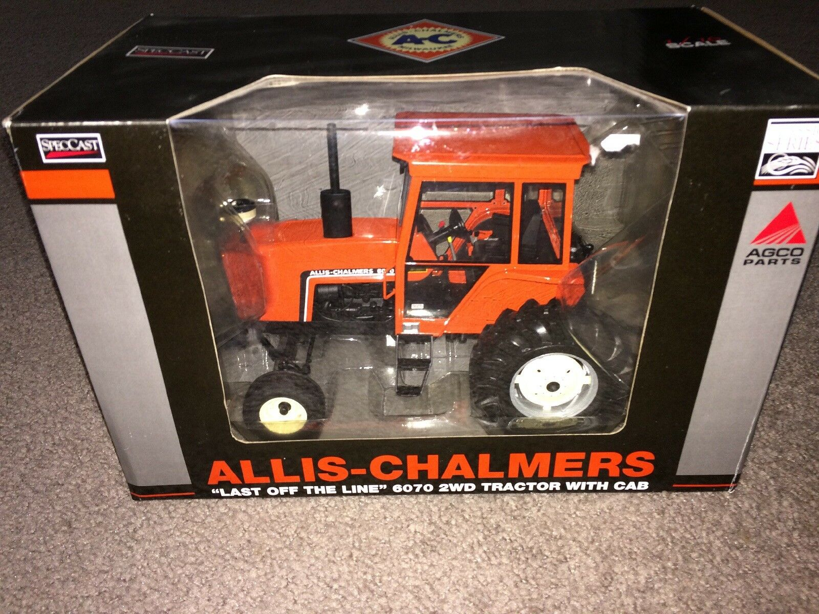 1 16 Allis-Chalmers Highly Detailed 6070 2WD Tractor Cab New in Box by Spec Cast