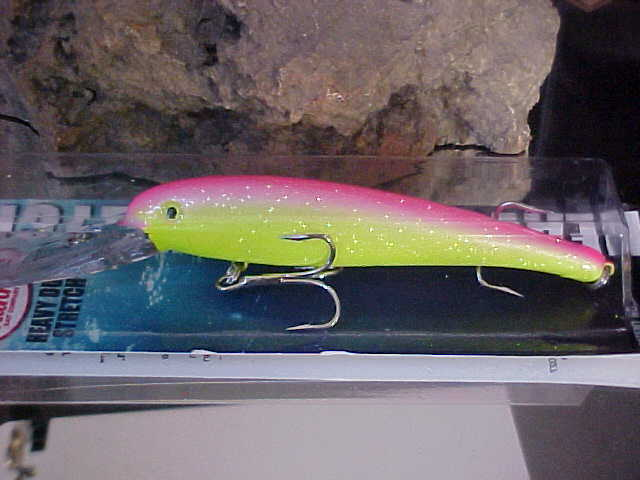 2 oz 8 Inch Trolling Lures ~~ Select Color ~~ Manns Smooth Body Stretch 25