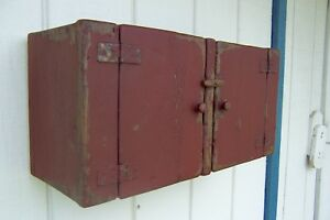 PRIMITIVE SMALL WALL HANGING CABINET CUPBOARD PAINTED ...