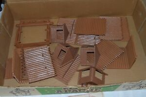 Vintage-Marx-Fort-Apache-Playset-with-Box