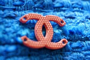 100-Chanel-button-1-pieces-cc-logo-emblem-gold-0-6-inch-pink