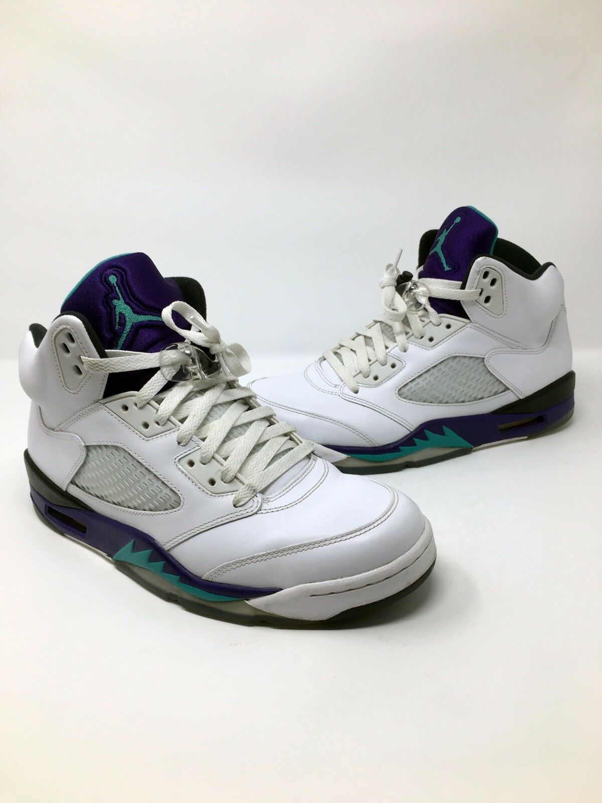 the latest 05cb6 78b7f closeout nike air uva jordan 5 retro v uva air púrpura 2018 136027 108  reduccion de