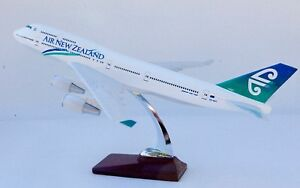 AIR-NEW-ZEALAND-B747-LARGE-PLANE-MODEL-1-150-AIRPLANE-APX-43cm-SOLID