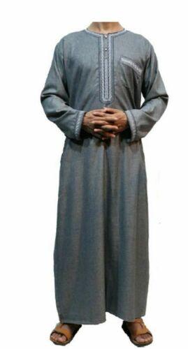 Qualité Thobe à manches longues homme Robe Col Rond Poche couleurs tailles Boy Eid Dubai