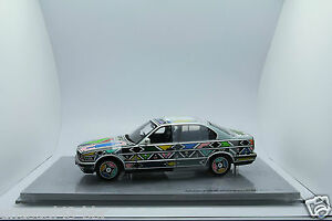 1-18th-BMW-525i-Esther-Mahlangu-Art-Car-Autoart-Kyosho-GT-Spirit