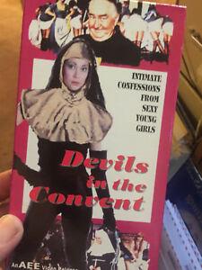 Devil-039-s-in-the-Convent-VHS-Original-AEE-Video-RARE