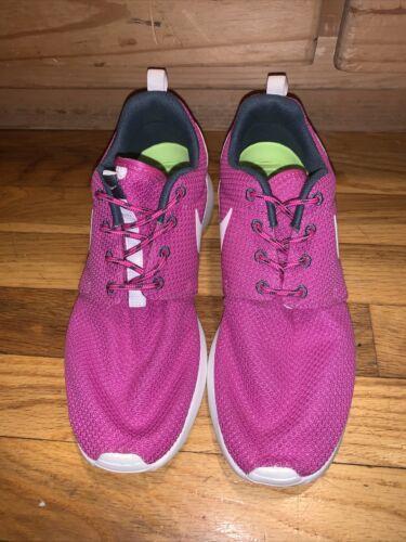 Womens Nike Rosherun Pink Size 7.5