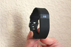 Fitbit-Charge-HR-Wireless-HEART-RATE-Activity-Wristband-Large-Black