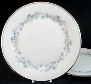 Lenox-REPERTOIRE-2-Dinner-Plates-scratches-GREAT-VALUE