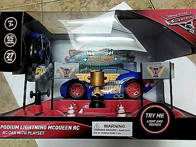 Disney Cars Podium Lightning McQueen RC car with playset