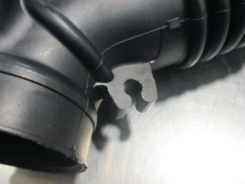 Mazda Protege /& Protege 5  1999-2003 New OEM Air intake hose FP47-13-220A