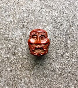 An-Antique-Meiji-Era-Japanese-Well-Carved-Bead