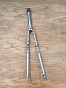 "Ultracycle Cromoly Road 700C 1/"" Threaded Fork Chrome Bike"