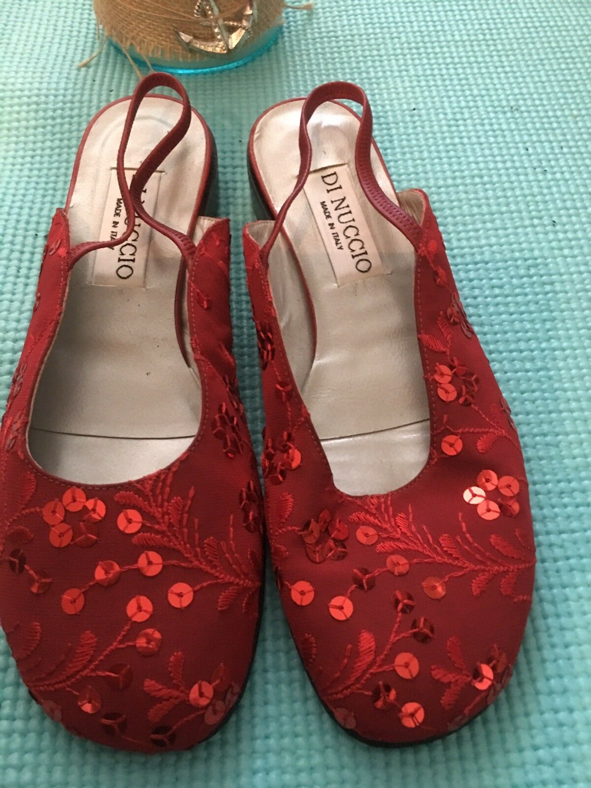 Nouveau Femmes Dinuccio rouge Sling Back flats. taille moyenne 7 ou 37 Med. Made in