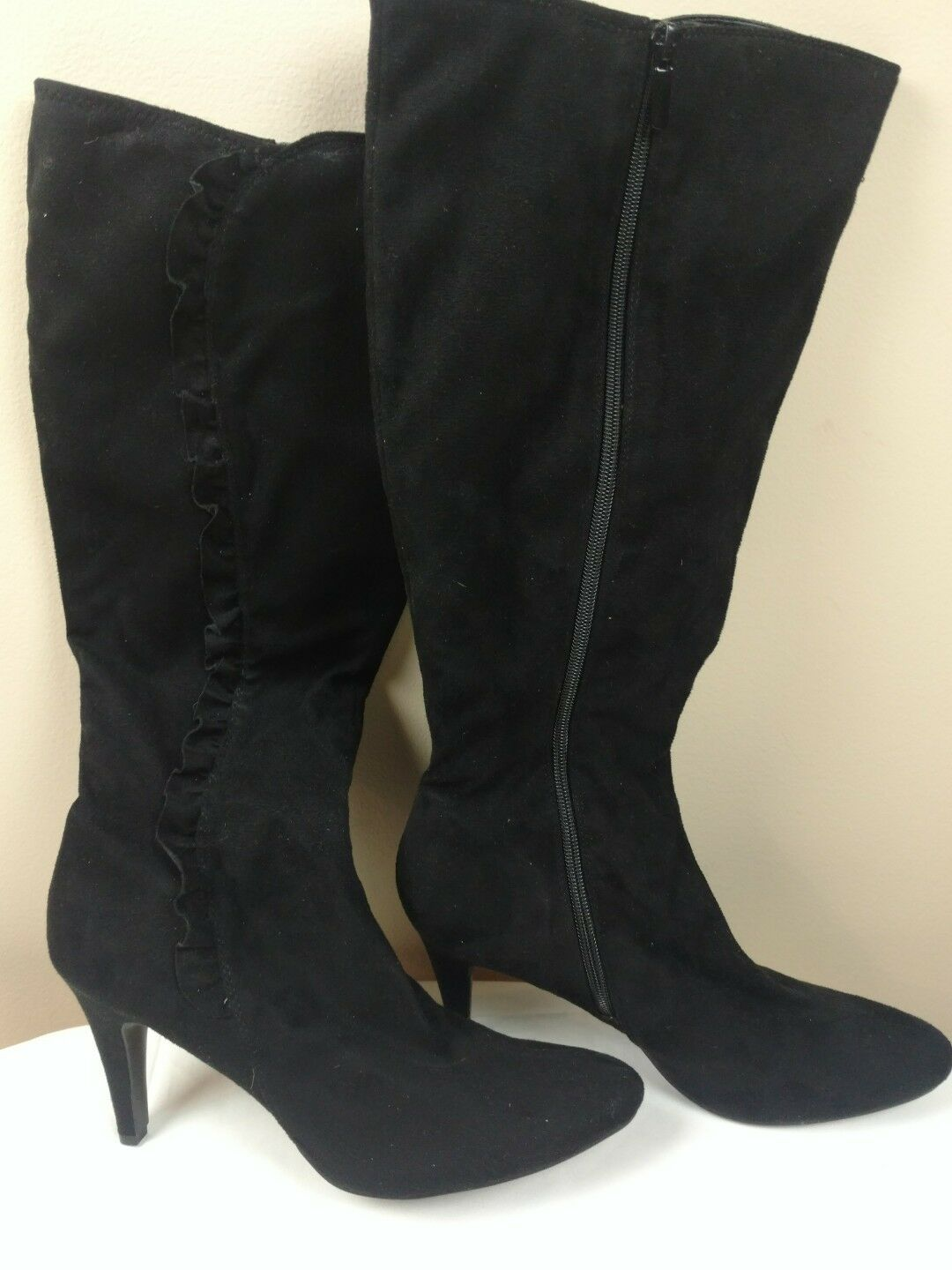 Women's Jaclyn Smith Black Knee High Boots size 10M