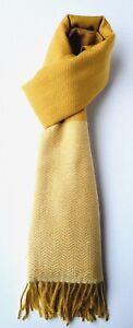 Available In Mustard & Pale Pink Willensstark Super Soft Cosy Herringbone Scarf Damen-accessoires