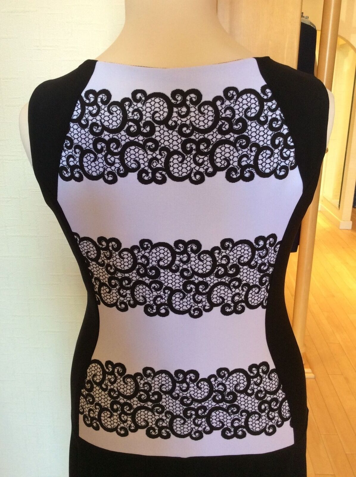 Joseph Ribkoff Dress Größe 12 BNWT schwarz And And And Weiß Sleeveless   NOW 02c050